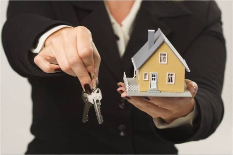 What Are the Advantages of Going With a Mortgage Broker?