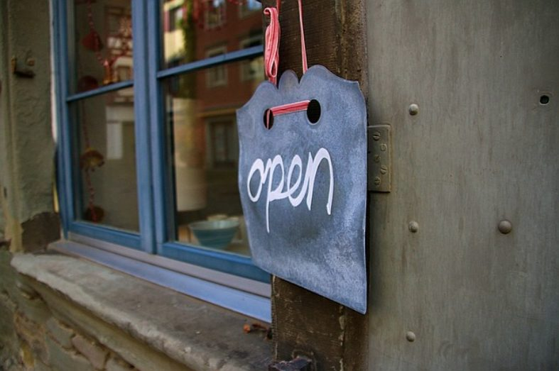 How to Open a Retail Store on a Tight Budget