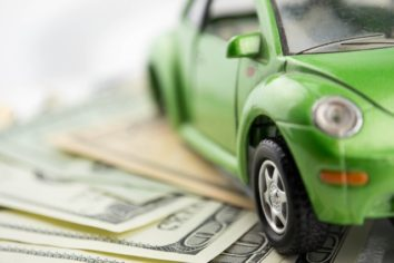 Save Money by Calculating How Much You Owe For an Auto Pawn Loan