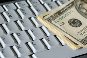 How Blogging Helps You to Make Money Online