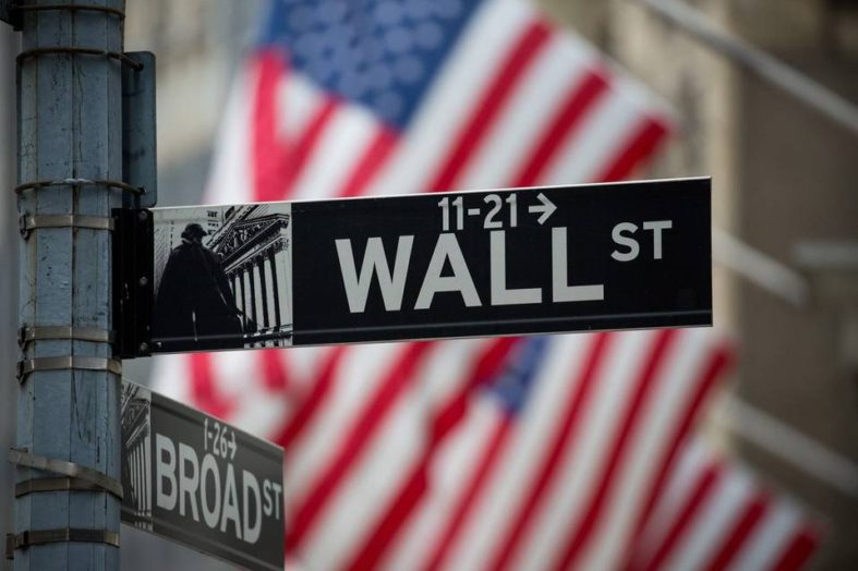 Economist Warns 80% of the Stock Market to Crash in 2017 – Tips to Stay Afloat in the Crisis