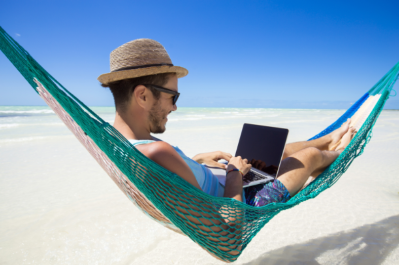 Financial Tips for Planning a Digital Nomad Life