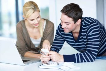 How Should the Newlyweds Tread Into the Field of Budgeting and Family Finances?
