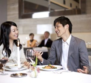 Drastically Bad Financial Move to Avoid While You're out on Your First Date
