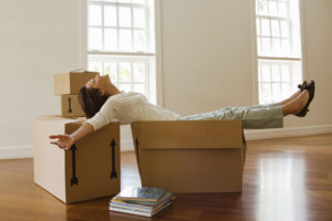 Smart Tips to Fit Into Your First Apartment within Your Budget