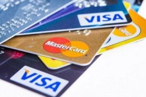 Debit vs. Credit Card: Which One Is the Right Fit for Your Needs?