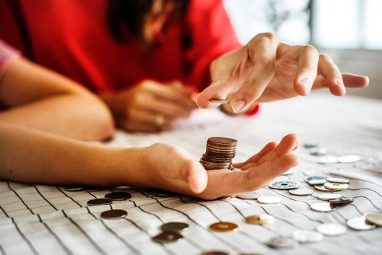 5 Actionable Budgeting Tips for People Struggling With Student Loan Payments