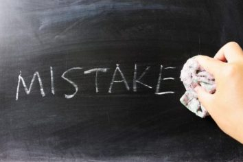 5 College Savings Mistakes a Student Can't Afford to Make