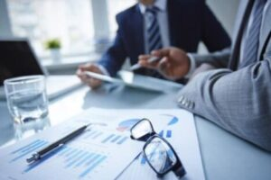 The Real Deal With Insurance Brokers: Do You Need One?